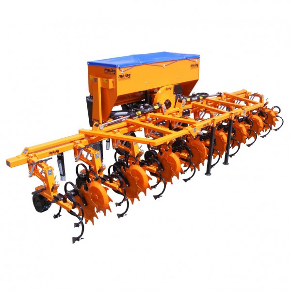 Cultivator cu fertilizator SMI